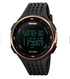 Relógio Masculino Digital Esportivo A Prova D'água Skmei 1219