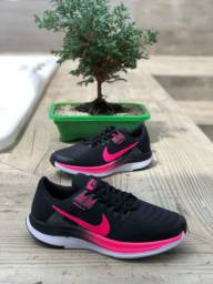 ?  Tênis Nike Dynamic