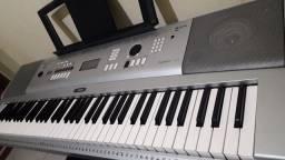 Teclado / Piano digital Yamaha DGX 230. Estudo troca por outro teclado
