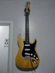 Guitarra Finch