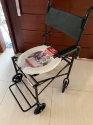 Cadeira de banho/ cadeira higiênica dobrável nova