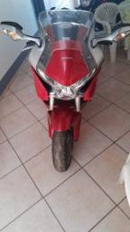 Moto VFR 1200