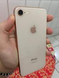 iPhone 8 64gigas muito bem conservado