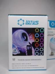 Lâmpada RGB Bluetooth com caixa de som Embutida