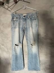Título do anúncio: Calça Jeans Destroyed Abercrombie
