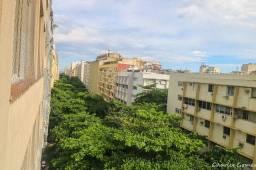Título do anúncio: Apartamento para venda com 66 metros quadrados com 2 quartos em Copacabana - Rio de Janeir