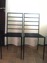 Cadeiras em ferro galvanizado pintura epóxi