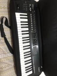 Teclado controlador Roland A500 PRO