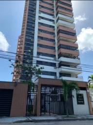 Título do anúncio: Apartamento para venda possui 195 metros quadrados com 5 quartos em Guararapes - Fortaleza
