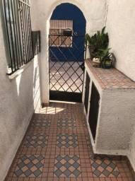 Título do anúncio: Casa para aluguel com 75 metros quadrados com 2 quartos em Benfica - Rio de Janeiro - RJ