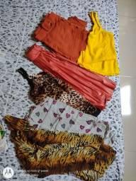 Título do anúncio: Vende-se roupas femininas