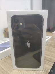 IPhone 11 de 64GB (BRANCO E PRETO) NOVO LACRADO NOTA