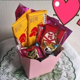 Cestas e caixa de chocolate e guloseimas Dia dos Namorados ?