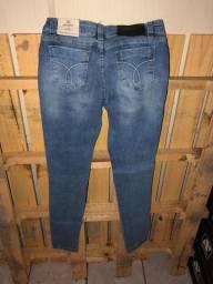Calças feminina jeans Da Calvin Klein e Jhon Jhon Imperdível