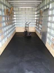 Frete caminhão baú grande
