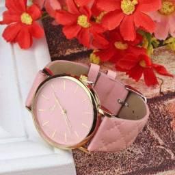 Lindos relógios de luxo da moda novos com caixinha ?