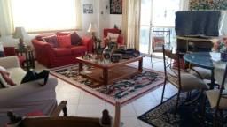 Título do anúncio: Apartamento para venda possui 160 metros quadrados com 4 quartos em Copacabana - Rio de Ja