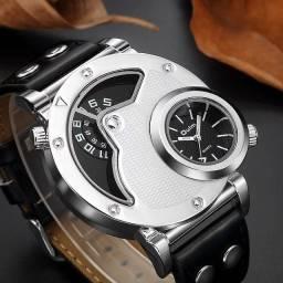 Relógio Oulm Importado, original, estilo casual.