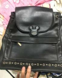 Bolsa de couro legítimo marca Mickey Mouse com etiqueta