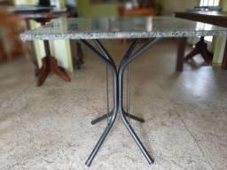 10 Mesas granito com pé de ferro