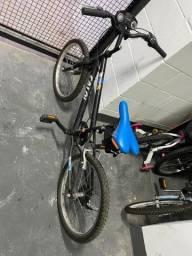 Bicicleta Caloi hotwheels aro 20
