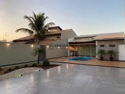 Majestosa casa com 2 quartos, 2 wc sociais, planejada e decorada à venda, Jardim Colonial,