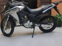 Honda XRE 300 - Financiamento 1000$