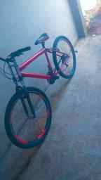Vendo bicicleta tudo ok só falta trocar o pineu de traz o resto ta tudo ok