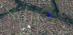 Casa - Bairro Cardoso - Terren: 9.650m² - Constru: 265m² - IPTU: 215/Mês