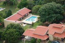 Chácara espetacular, lazer completo, piscina, 7 quartos, próx asfalto, imperdível
