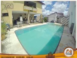 Casa com piscina no bairro Damas