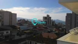 (K) Amplo Apartamento no Ville de Lyon Residence, no bairro Barreiros, em São José