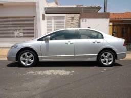 Honda Civic LXS 1.8 Flex - Câmbio Manual - Segundo Dono - Bancos Em Couro - 2008