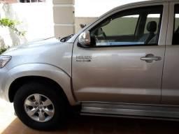 Hilux srv 2013 carro sem detalhes emplacada ate dezembro de 2020 - 2013