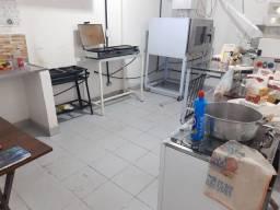 Maquinário semi novo padaria e acougue