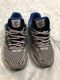 Tênis mizuno e Nike 40
