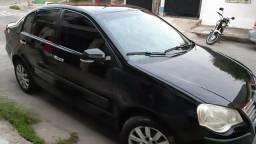 Polo sedan 1.6 Completo - 2010