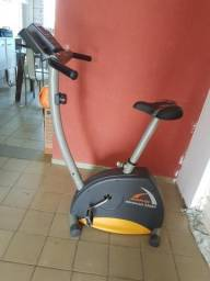 Bicicleta ergometrica athletic 330BV