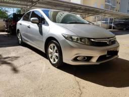 Honda Civic EXS - mais completo da categoria - 2012