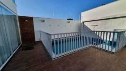 Ta: Casa Ampla com 300m, 06 Banheiros | 03 Vagas na Garagem, Duplex.