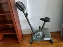 Bicicleta ergométrica magnética, marca Caloi