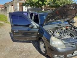 Clio Sedan Egeus