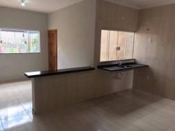 Alugo casa direto com proprietário R$1000