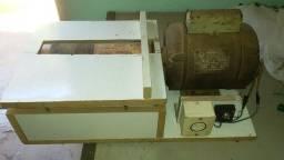 Lixadeira de rolo artesanal