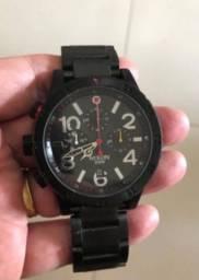 Relógio Modelo Nixon 48-20 Chrono Preto