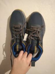 Título do anúncio: Tênis Adidas Response Trail azul marinho