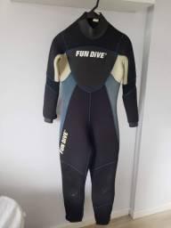 Roupa de mergulho e Surf