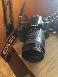 Canon 60D + 18-135mm