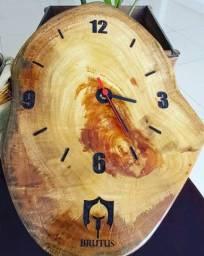 Relógio de parede rústico