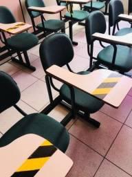 Título do anúncio: Carteira Universitária. Cadeira Escolar.